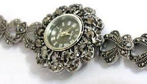 ساعت نقره رنگ ثابت
